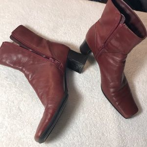NINE WEST Red Leather Ankle Boots